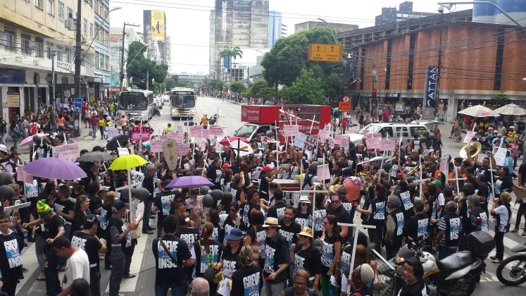 Servidores do Junta em PE, participaram da caminhada pelas principais avenidas da capital pernambucana.